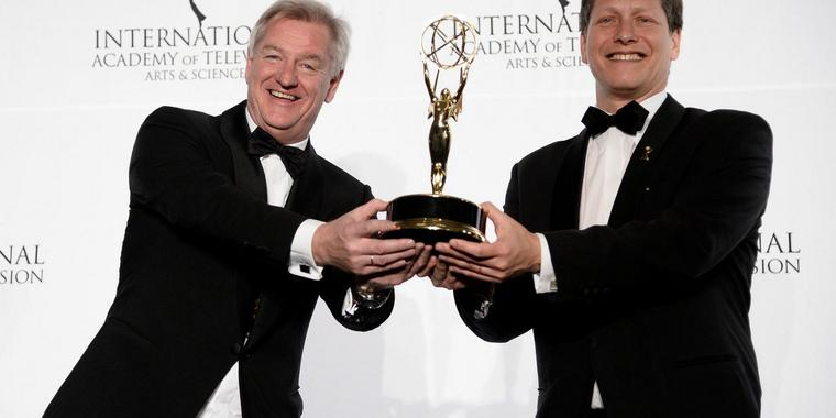 In New York sind in der Nacht die International Emmys verliehen worden.