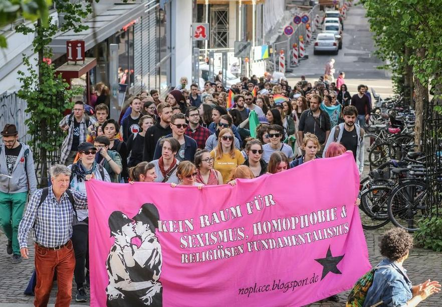 Anti-Homophobie-Demo in Marburg. Foto: Thorsten Richter (thr)