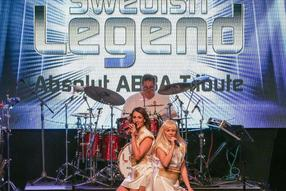 """Swedish Legend – Absolut ABBA Tribute"" in Marburg. Foto: Thorsten Richter (thr)"