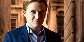 Der US-Journalist Ronan Farrow.